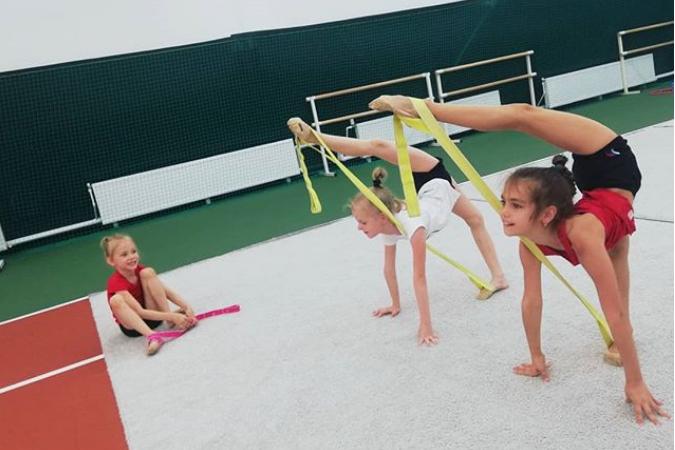 фото занятий художественной гимнастики для девочек в Ростове